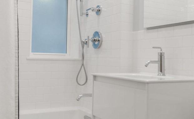 plumbers memphis bathroom